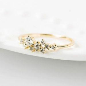 NEW Dainty Laurel Ring